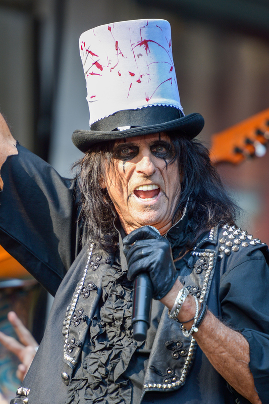 Alice cooper far eget radioprogram